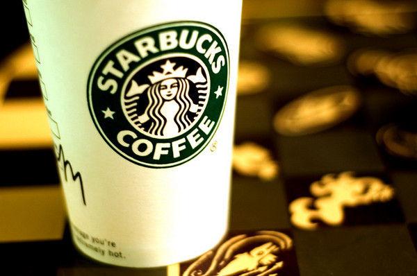 讓每一杯咖啡都來自星巴克|Starbucks Is Giving Away Sleeves