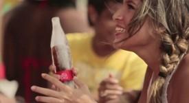 """夏天到,可口可樂來一波猛的,讓你看看什麼是真正的""""冰""""飲料!"""