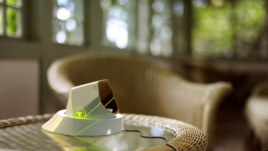 Concept-images-on-table-940x530