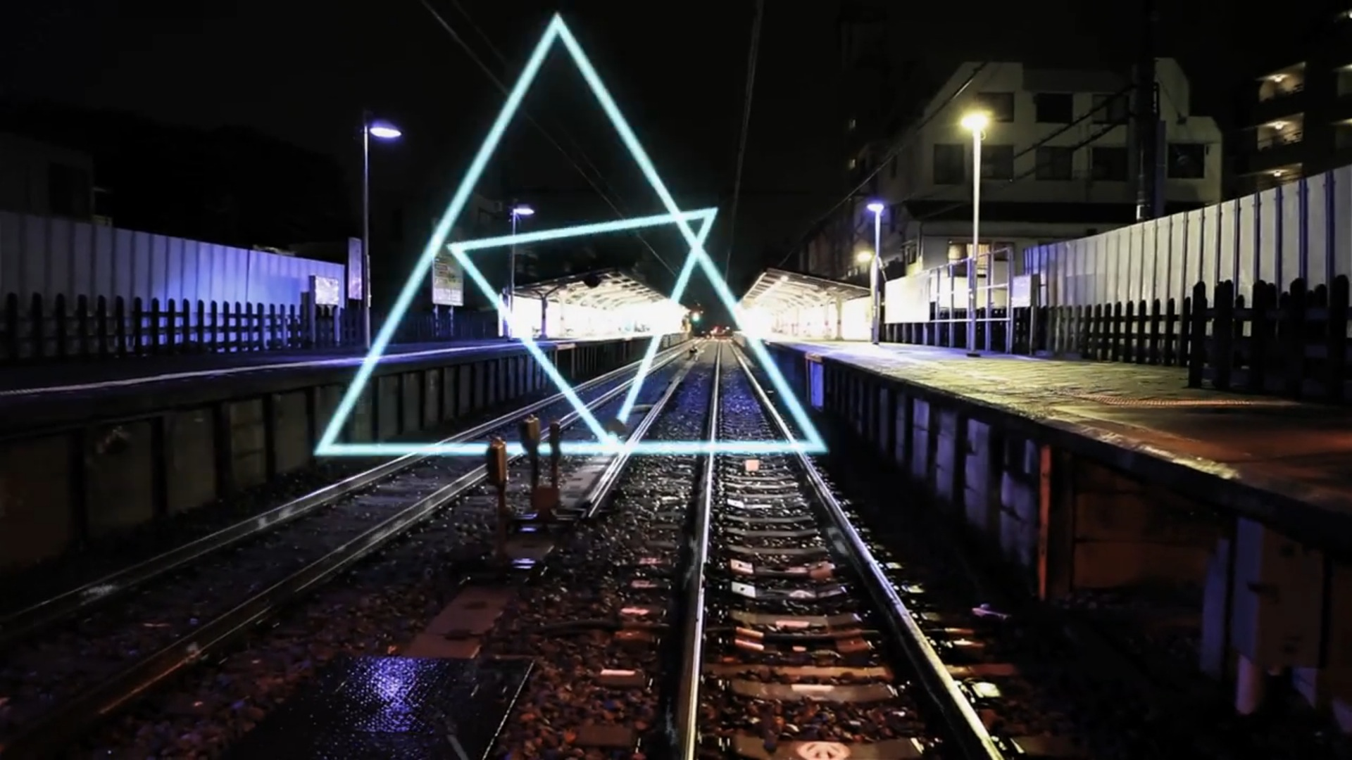 日本藝術家新視覺作品!幾何符號在城市間跳動!