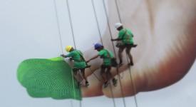 nike-free-flyknit-live-knitting-giant-billboard-shanghai-2