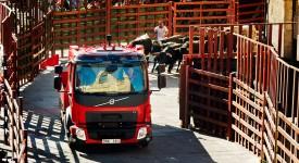 Volvo卡車開進西班牙奔牛節,瘋狂實驗第3發!