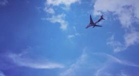 英國航空讓人心癢癢的廣告看版案例-飛機要飛去哪裏!!