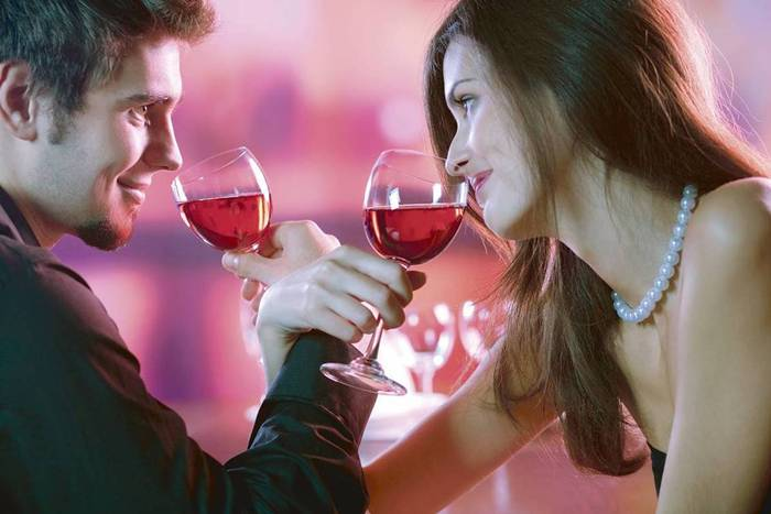 Top-5-places-for-a-first-date01