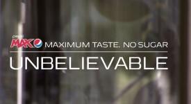 百事可乐让我又惊又喜!!令人难以置信的超现实公共汽车亭广告