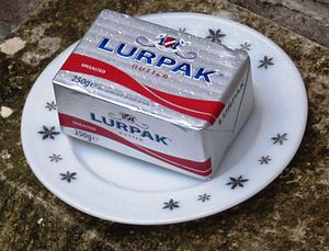 300px-Lupack_Butter_250g_unsalted_UK_market