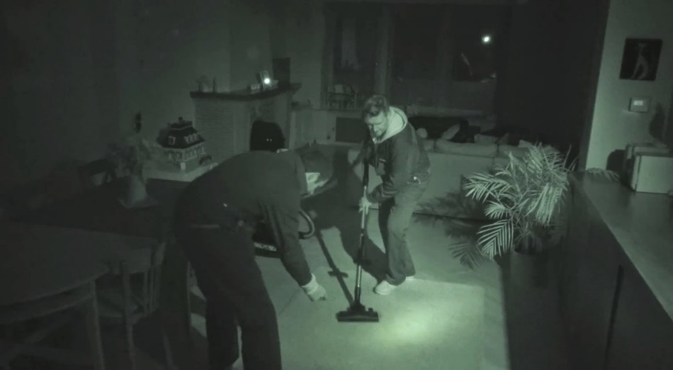 Bosch glides through your home one night... to vacuum