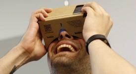 谷歌大神的最新产品-Google's Cardboard,以便宜价格享受高品视觉效果 !