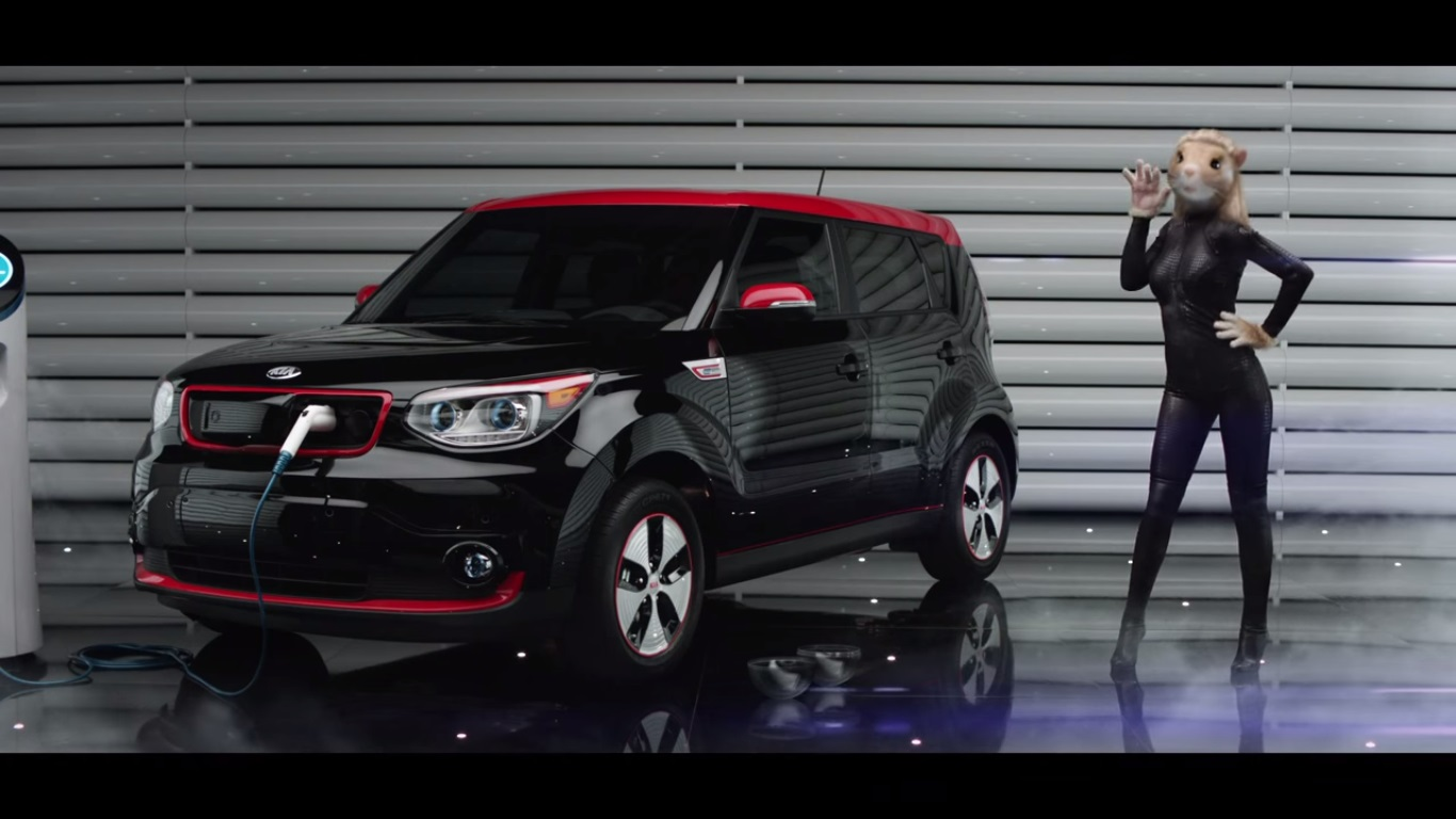 超無厘頭的KIA最新電動車廣告, 我已經跟不上它的思維啦!!!
