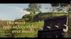 魔戒航空?! 飞行前的安全影片也能像电影一样让你目不转睛!!
