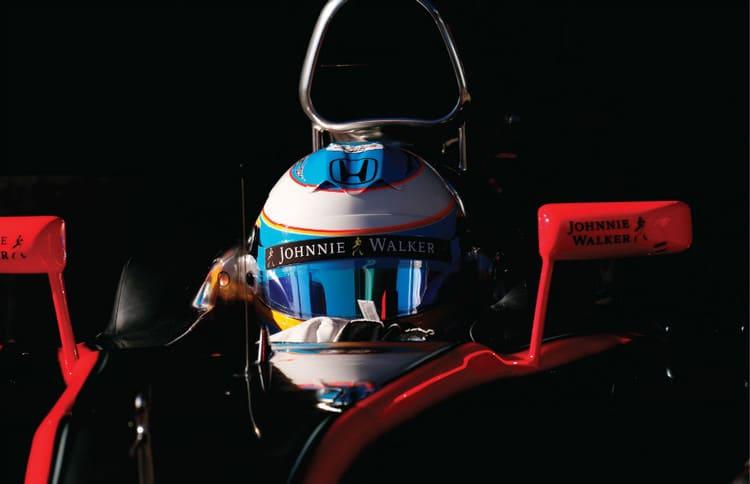 Johnnie Walker-new-logo (3)