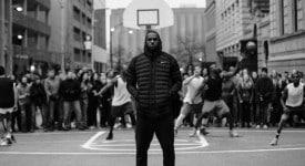這支90 秒的黑白廣告裡,Nike用信仰打破「不平等」