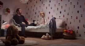 """这款""""会说话""""的壁纸能够给小朋友们讲睡前故事!"""