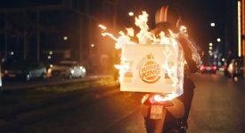 漢堡王「玩火」玩出了新境界