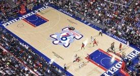 """NBA費城76人主場換了個""""斷蛇""""標誌,這背後可有不少故事"""